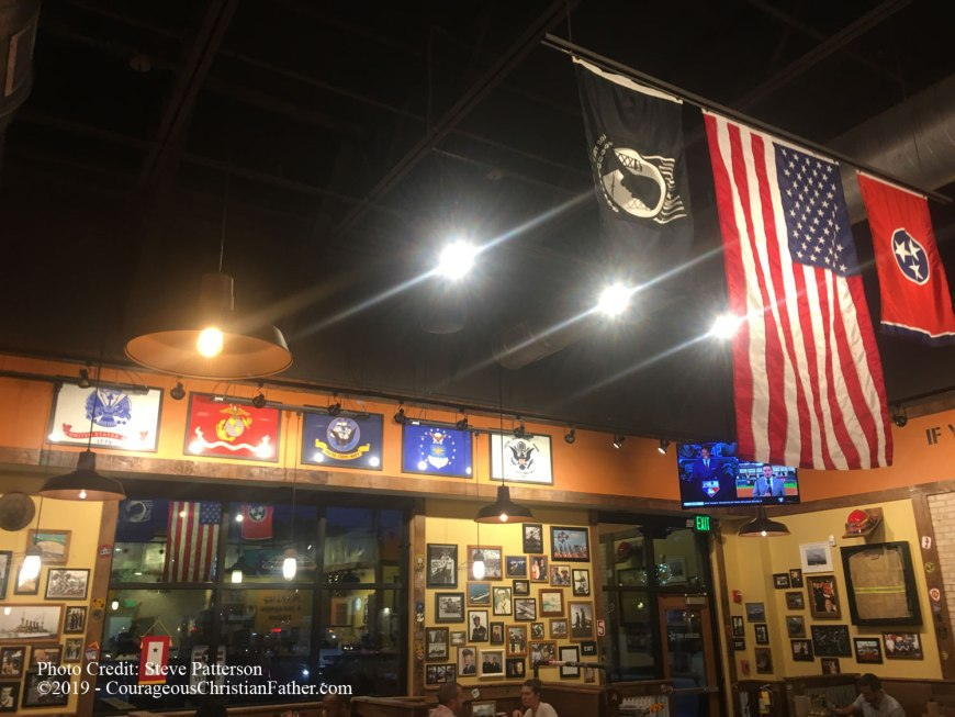 Mission BBQ - This is this weeks Travel Thursday feature. I share about my experience at Missionary BBQ in Chattanoga, TN. #MissionBBQ