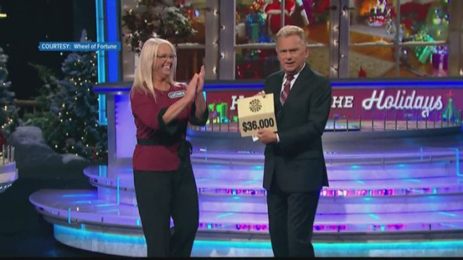 A Knoxville Woman Wins Wheel of Fortune - Lucinda Tillett, who is an accountant and tax preparer from Knoxville, TN won $69,000 on Wheel of Fortune.