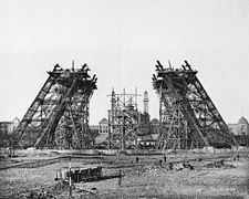 225px-construction_tour_eiffel2-9039799