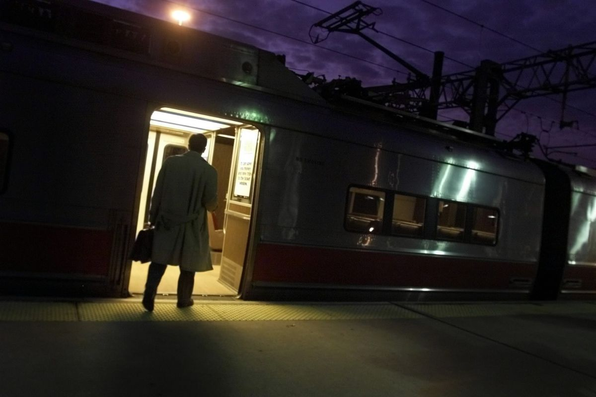 Commuter Rail Fares Rise On Jan 1 Hartford Courant