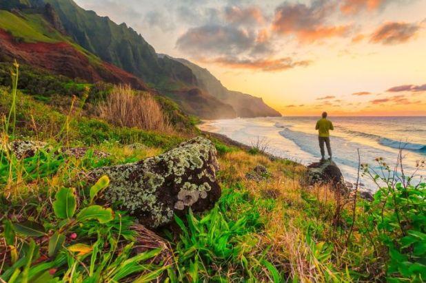 hawaii-coast-hike