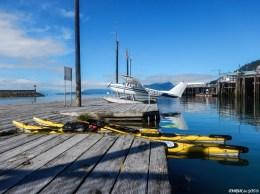 Les pontons dédiés aux hydravions et leur descente en pente douce offrent un accostage parfait pour les kayaks