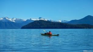Kayak en terre sauvage. L'image dont on avait rêvé avant de partir et qui nous a poussé à nous aventurer dans cette région magnifique. Nous avons été récompensés au centuple de nos efforts