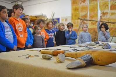 atelier-pedagogique-prehistoire-caverne-pont-d-arc-ardeche