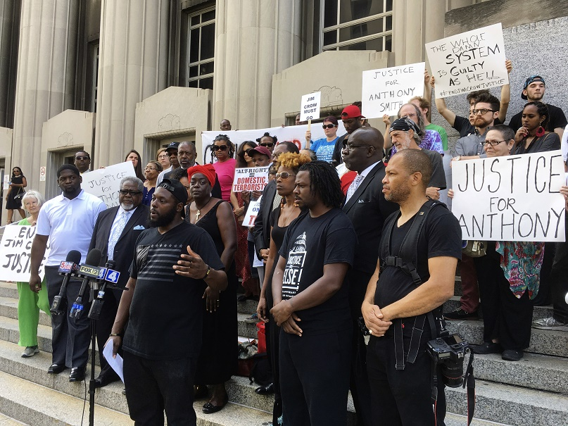 Louis concert amid protests over police officer's acquittal on murder charge
