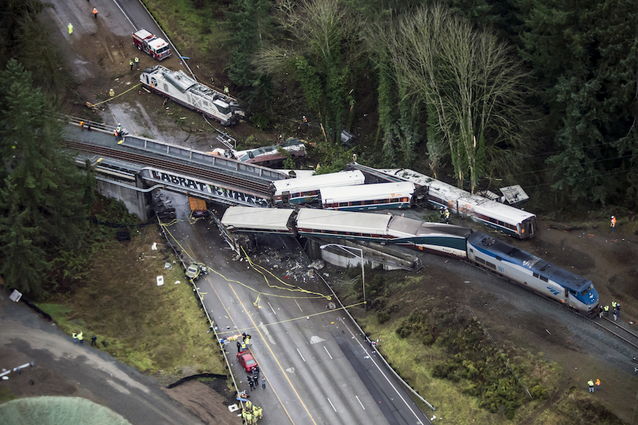Amtrak engineer missed speed sign before train derailment