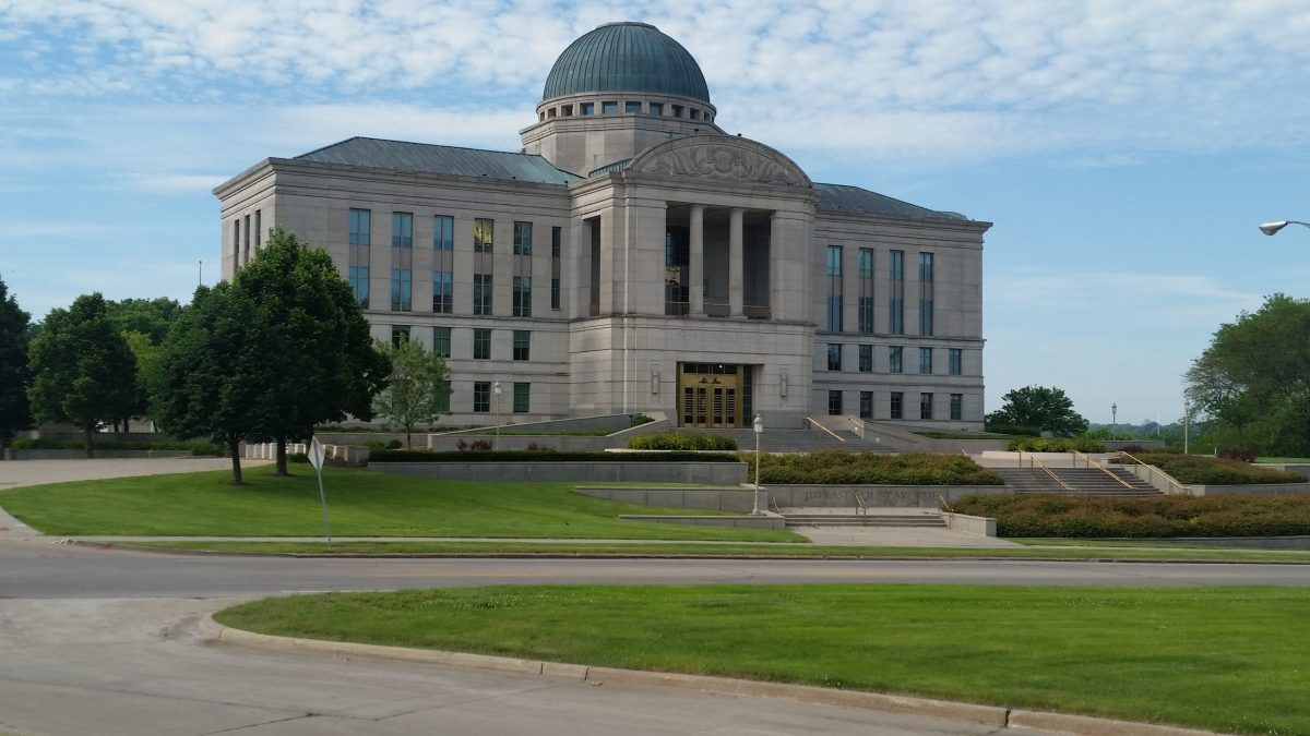 Iowa Supreme Court Urged to Strike Down 'Ban the Box' Ordinance