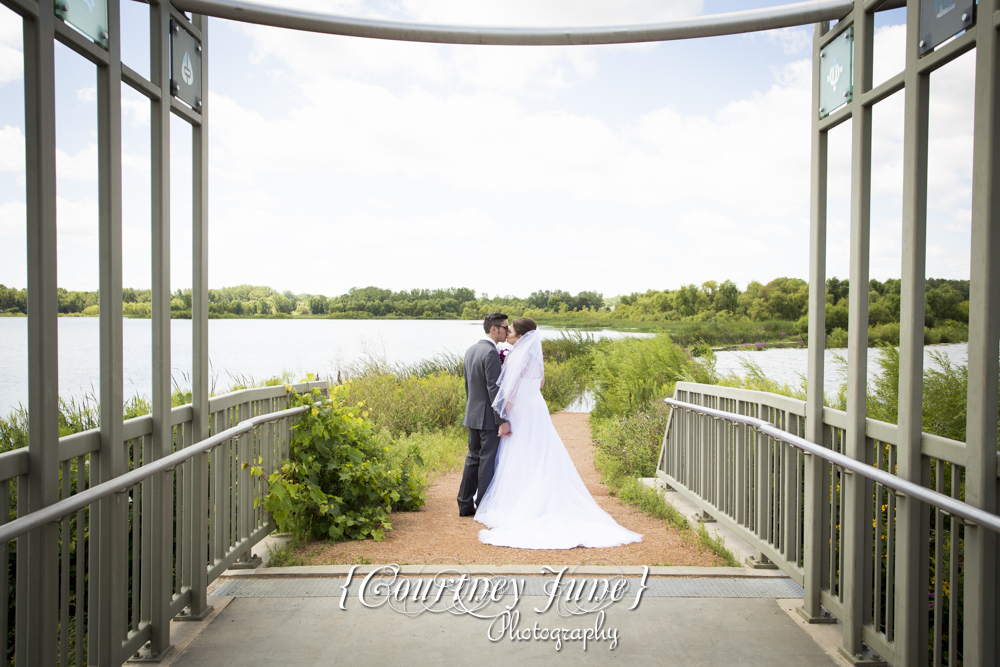 hilton hotel bloomington wedding photographer minneapolis