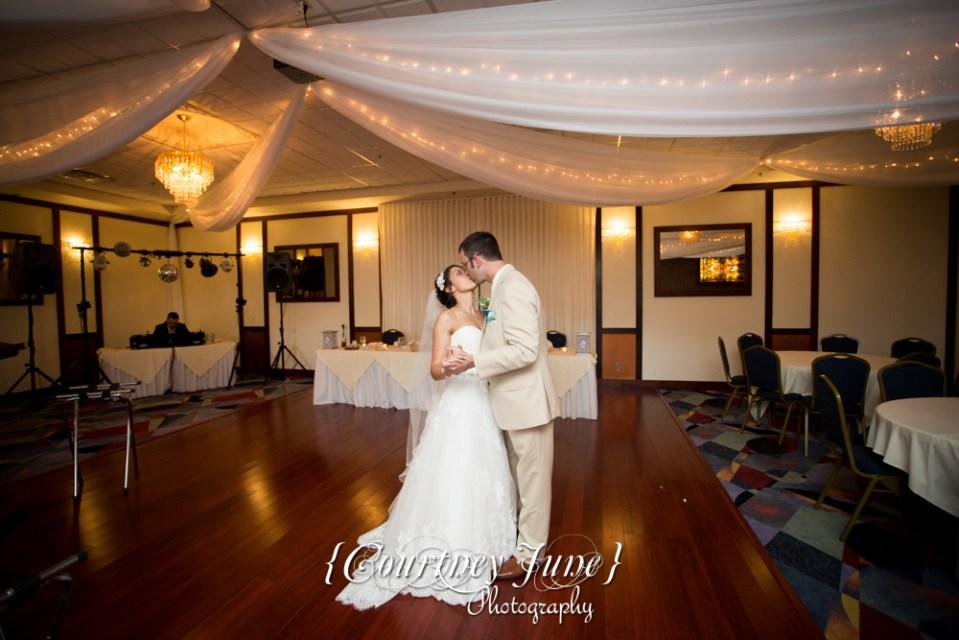 lowell-inn-stillwater-wedding-photographer-minneapolis-wedding-photographer-03