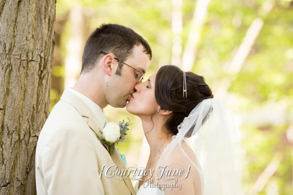 lowell-inn-stillwater-wedding-photographer-minneapolis-wedding-photographer-28