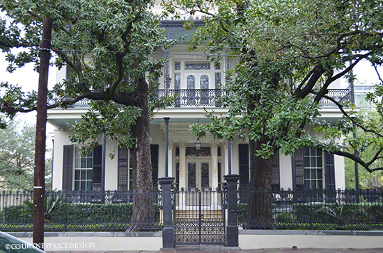 Garden District tour, historic New Orleans Homes on www.CourtneyPrice.com