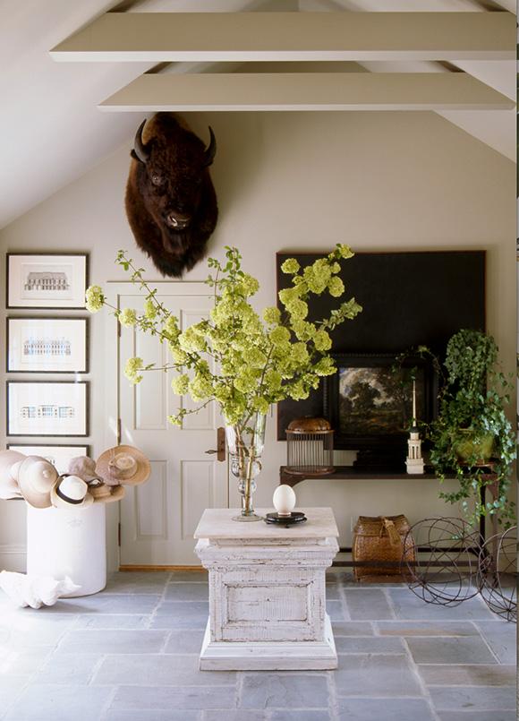 John Cummins design, in Decorate Fearlessly, by Susanna Salk - reviewed on www.CourtneyPrice.com