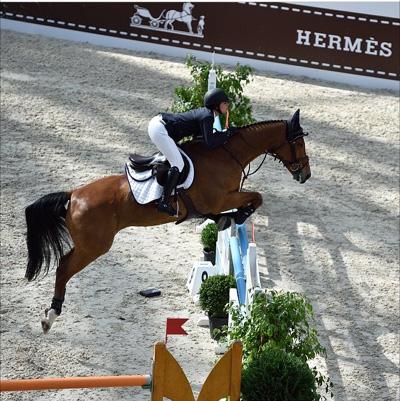 Hermes Sponsor on www.CourtneyPrice.com