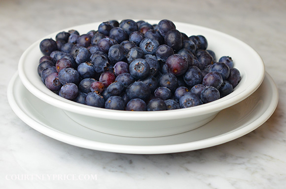 Fresh Blueberries? Make muffins- this foolproof recipe will be the best muffin you have ever eaten, trust me: www.CourtneyPrice.com