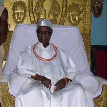 Oba of benin dead funeral burial rites arrangement