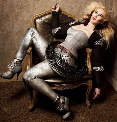 Kristin Costa fashion