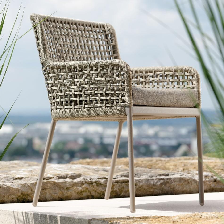 agreta dining chair