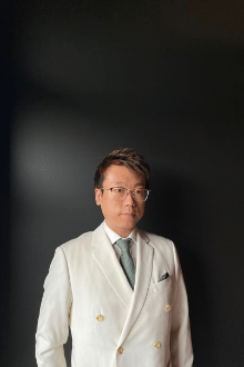 James Xiao - Sales Specialist