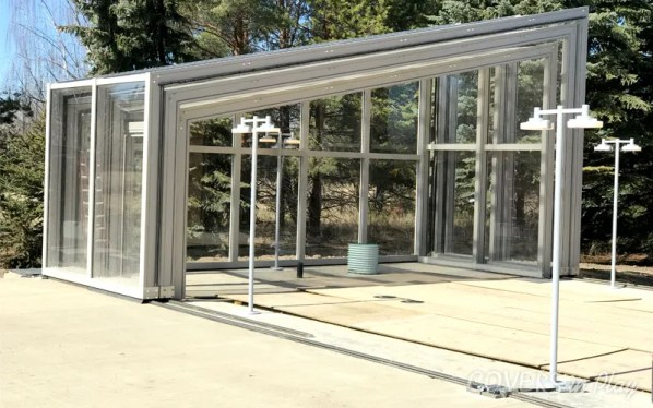 Retractable Pool Enclosure Open