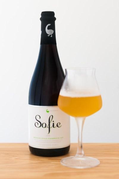 Cerveja Belgian Style Ale Sofie da cervejaria Goose Island | Cozinha do João