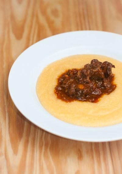 Receita de Rabada com polenta | Cozinha do João