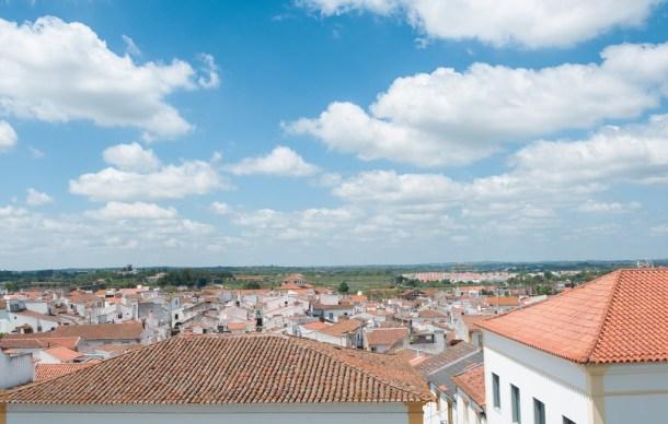 Évora, em Portugal, e seus vinhos alentejanos   Cozinha do João