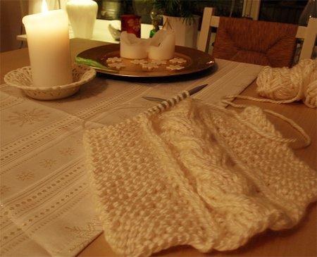 Schal mit Zopfmuster