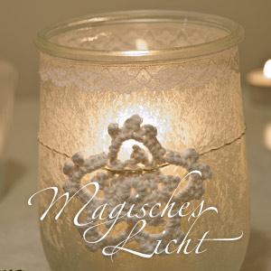 DIY Geschenkidee zu Weihnachten: Kerzenhalter mit Eisblumenspray und Häkelstern