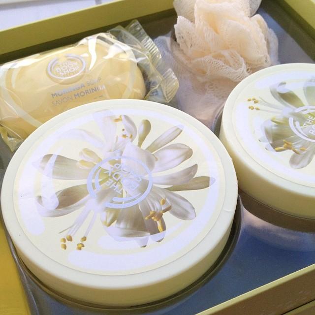 Nach dem ausschlafen ausgiebig geduscht und mit der schönen Moringa-Body-Butter die Haut gepflegt.