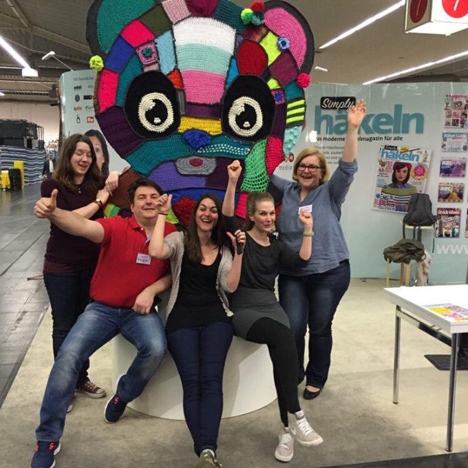 Die DIY-Blogger Mark & Daniela Müller  mit Simply Stricken und Simply Häkeln (bpa-media) auf der Creativa 2015 in Dortmund.