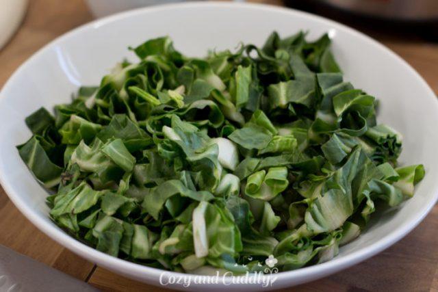 Vegane Gemüse-Quiche - Rezept mit mit Mangold, Tomaten und Zucchini  8