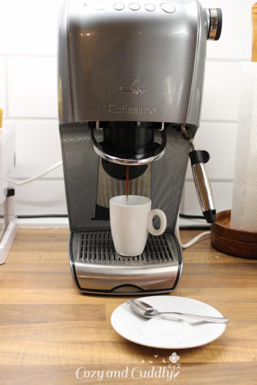 Adventskalender Tag5:  Rezept für Leckeren Kaffeelikör mit Etiketten -vegan