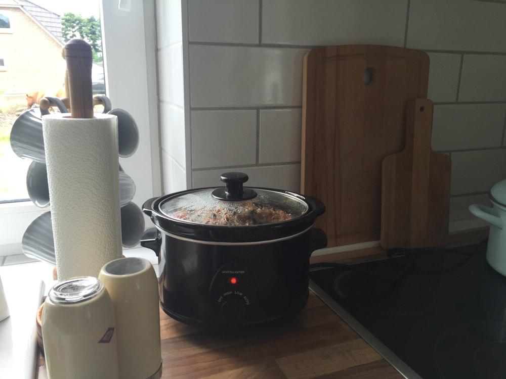 Mittagessen vorbereitet. Der Slow-Cooker ist da echt praktisch.