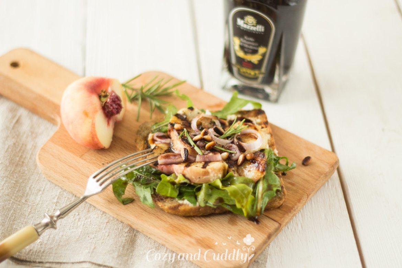 Pfirsich-Balsamico-Toasts mit Cashewfrischkäse und Mazzetti l´Originale  (vegan)