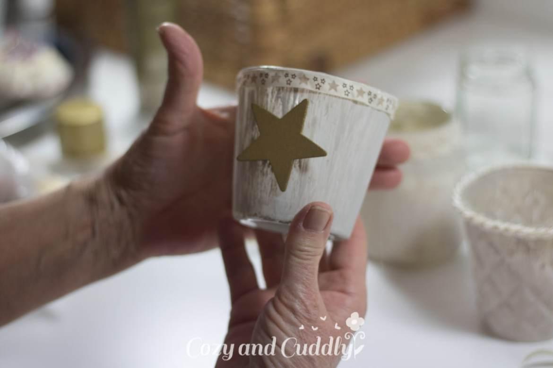 Advent: Teelichtgläser im Shabby-Look mit Kreidefarbe gestalten - cozy and cuddly Adventskalender