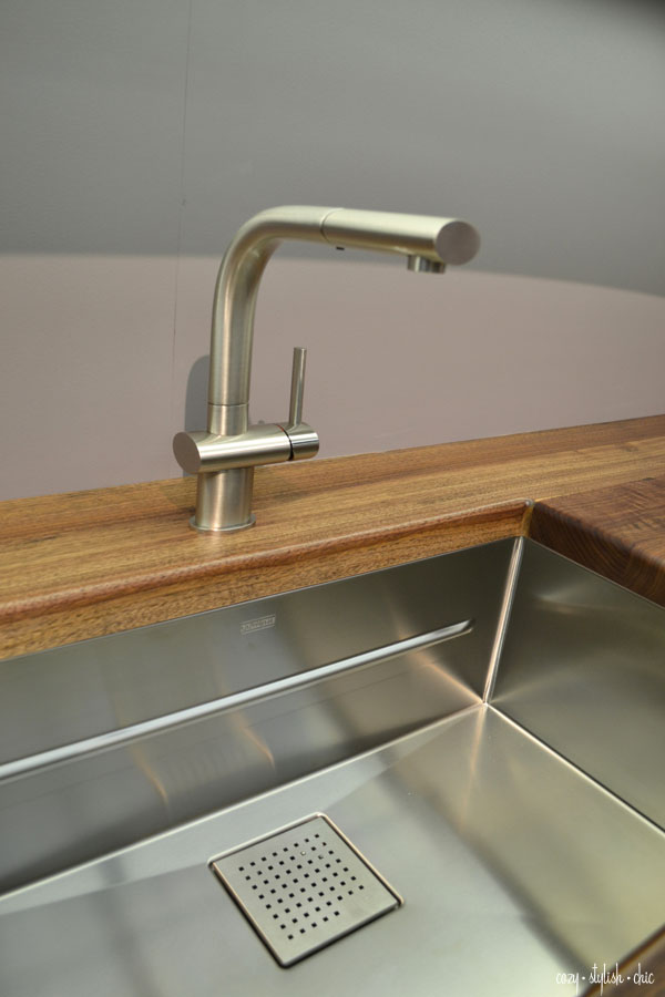 Luxury cabinetry - Franke sink and Ruskin by Rutt