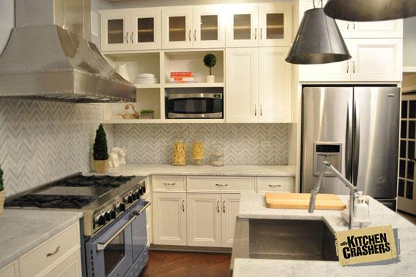 Kitchen Crashers, photo via Prizer Hoods