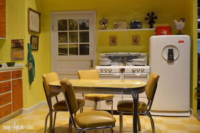 Merillat KBIS Retro Kitchen
