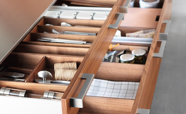 Master the Art of Stylish and Organized Kitchen Drawers in 2015 with Poggenpohl