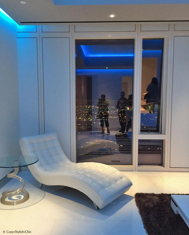 Poggenpohl-Blanco-Cosentino   Mandarino Oriental Residences, Las Vegas   Cozy Stylish Chic