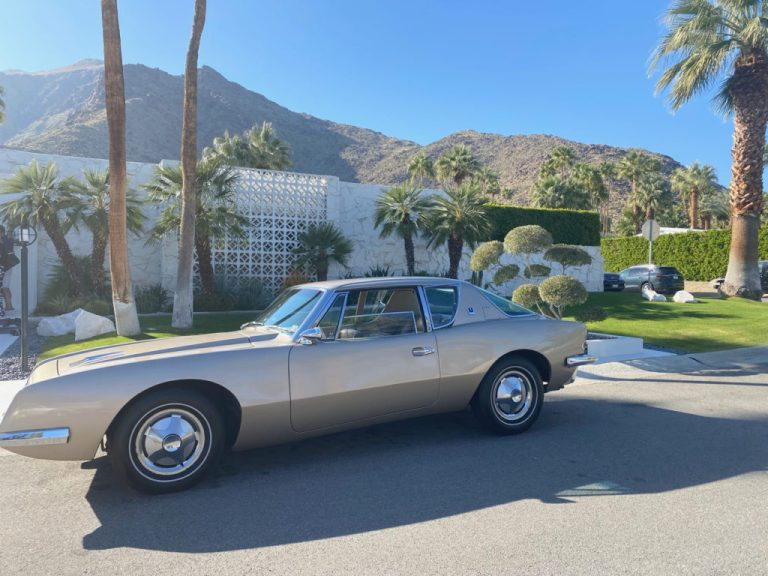 Palm Springs front yard with vintage car