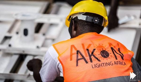 Akon-LightsUp-Africa