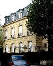Debussy's_house,_Sq._de_l'av._Foch