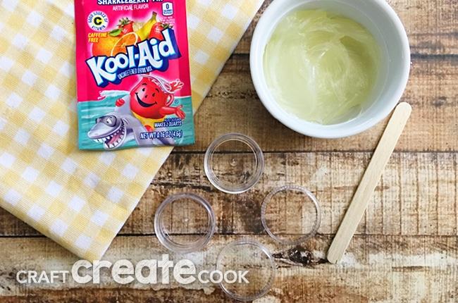 2 Ingredient DIY Lip Balm