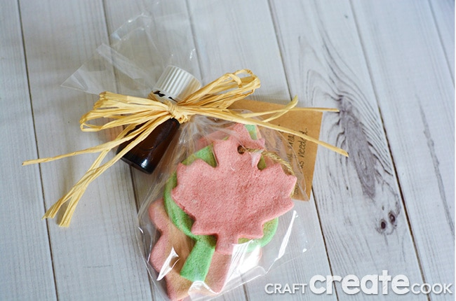 This easy salt dough air freshener with essential oils works very well in your own home and makes a great gift for teachers, friends and neighbors.