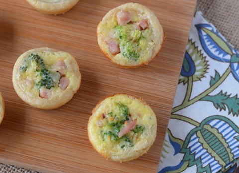 Looking for a leftover ham recipes? Easter has come and gone and it's the perfect time to make our Ham Broccoli Tarts!