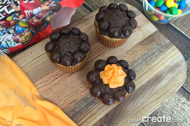 Whether you are camping in the backyard or out in the great outdoors, these camping cupcakes are easy to make and fun to eat!