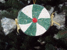 Learn to paint peppermint candy Christmas ornaments