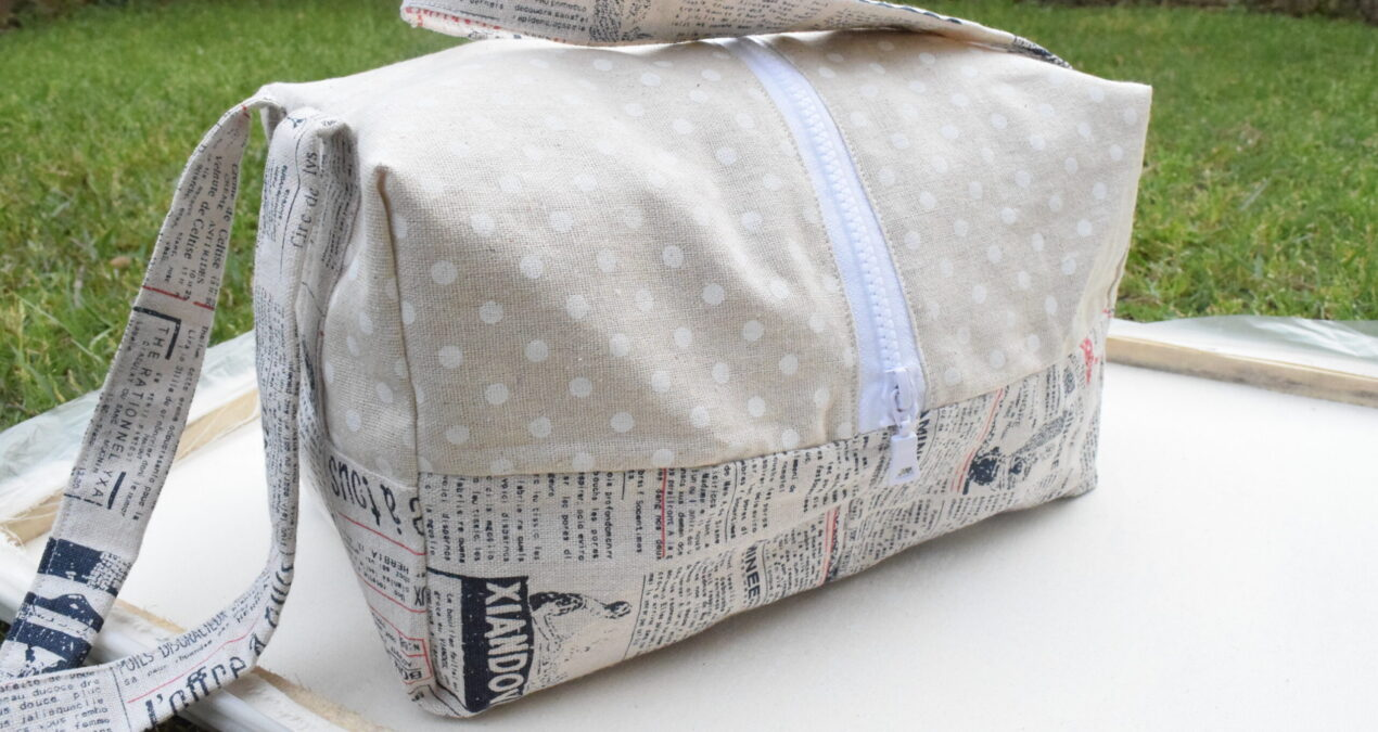 Lightweight Hand Carry Newspaper Print