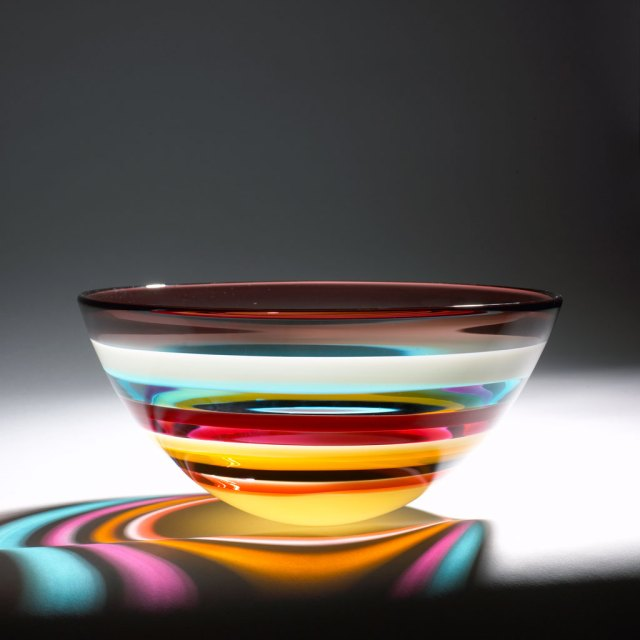 Caleb Siemon, Banded Low Bowl, Cranberry/Apricot, 2006. Doug Hill photograph